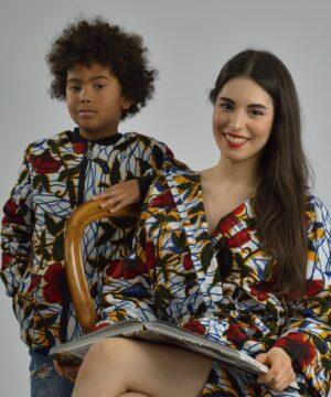 chaqueta-niño-wax-artesanal-rojo y ropa artesanal con tejidos africanos, ropa infantil y adulto en hondarribia,guipuzcoa